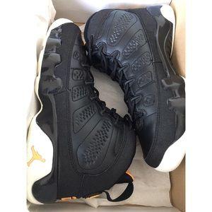 e1fca37745f Women s Citrus Jordans on Poshmark